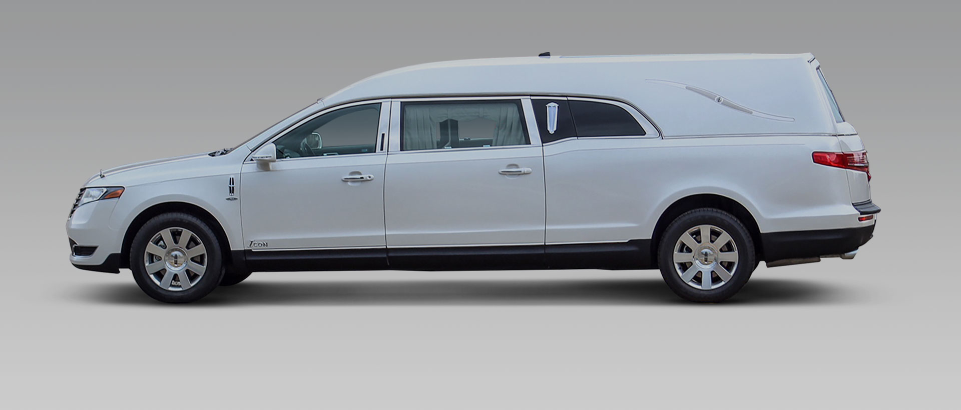 mkt zoom eagle thumb regency company coach limousine lincoln limousines